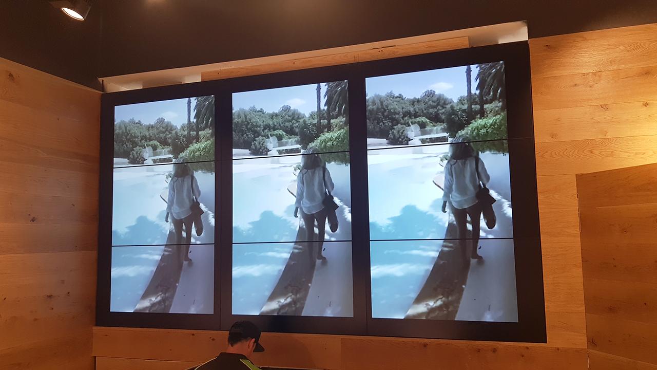 ViewTV-Glassons-video wall (3)